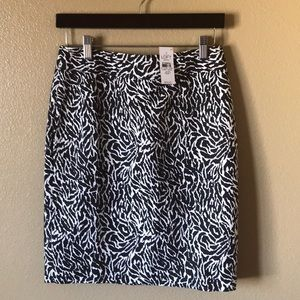 LOFT pencil skirt! NWT!💥